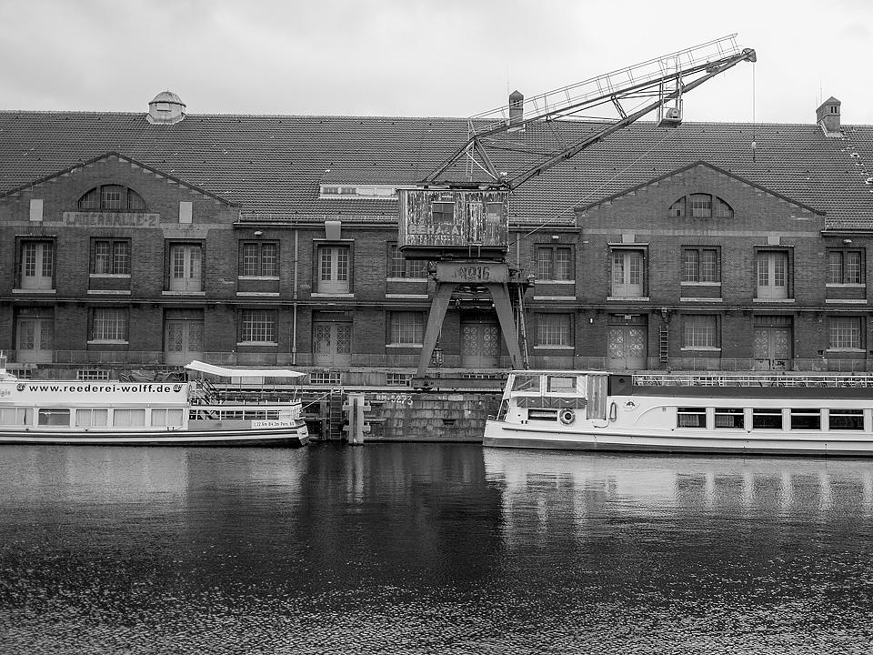foto tour westhafen berlin shots. Black Bedroom Furniture Sets. Home Design Ideas